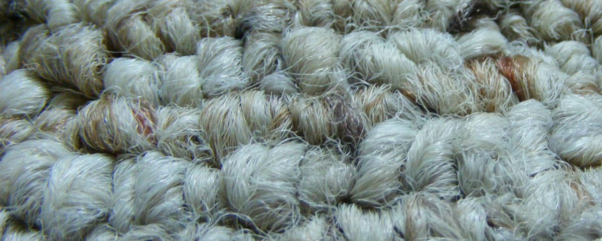 berber woolen carpet with artificial material intertwined - woolen carpet interior design trend of 2017